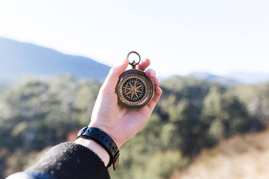 Kompas – najlepsze kompasy turystyczne i survivalowe w rankingu 2020